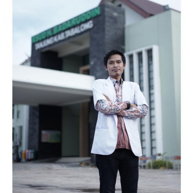 Kepala VCT Semen Padang Hospital, dr. Abdul Rahman