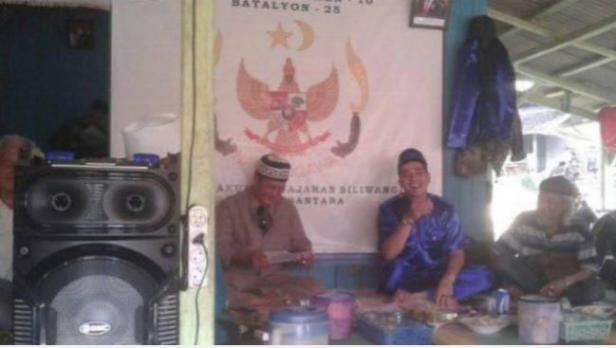 Paguyuban Tunggal Rahayu di Garut, Jawa Barat, kembali membuat geger. Kini, mereka menjadi buah bibir karena mengubah lambang Garuda Pancasila.