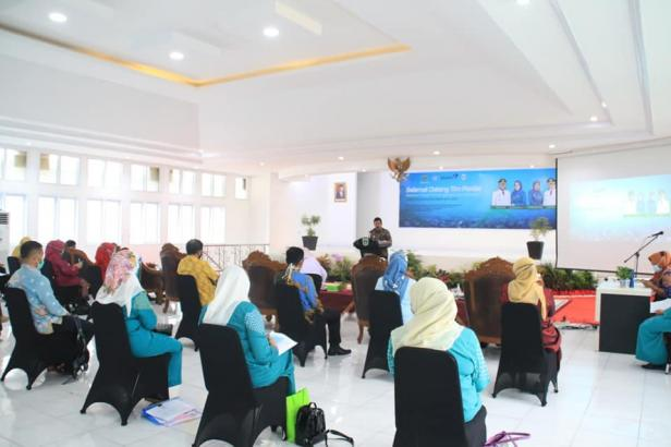 Tim penilai provinsi yang turun melakukan penilaian di Padang Panjang, Kamis (10/12) di Balaikota.