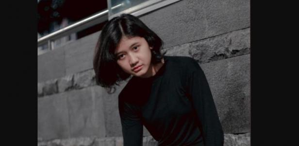 Amel perempuan yang dianggap mirip dengan almarhum Nike Ardilla