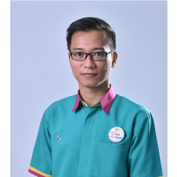 Kepala Ruangan Hemodialisa Semen Padang Hospital, Ns. Y Doni Permana, S. Kep,