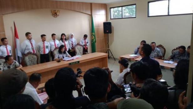 Suasana persidangan ZA yang dilakukan di PN Kepanjen Kabupaten Malang pada Kamis (22/1/2020). Dalam sidang dengan agenda pembacaan putusan tersebut, ZA dinyatakan bersalah