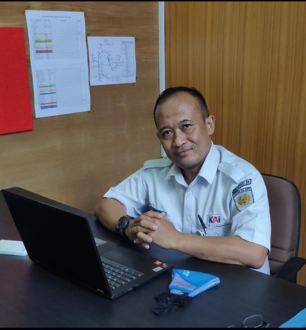Kepala Humas PT KAI Divre II Sumatera Barat, Ujang Rusen Permana.