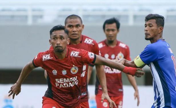 Semen Padang FC vs PSPS