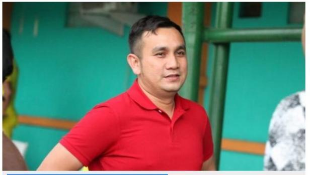 Manajer Semen Padang FC, Effendi Syahputra