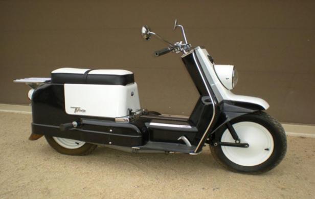 Harley-Davidson Topper merupakan skuter yang diproduksi pada tahun 1950-an