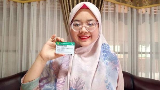 Salah satu peserta JKN-KIS, Hutari Amri (23 tahun)