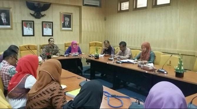 Rapat Koordinasi Wawako Solok Reinier minta LP2EM Kota Solok lebih gencar dalam membantu pelaku UMKM