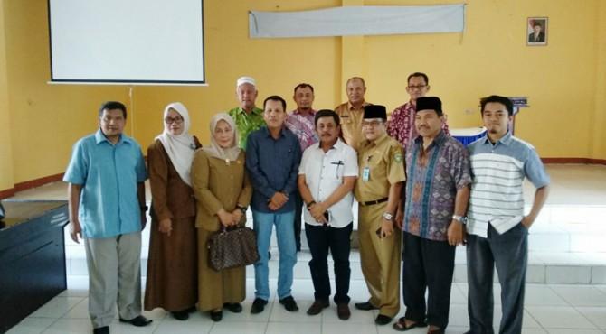 Anggota DPRD Pasaman saat foto bersama