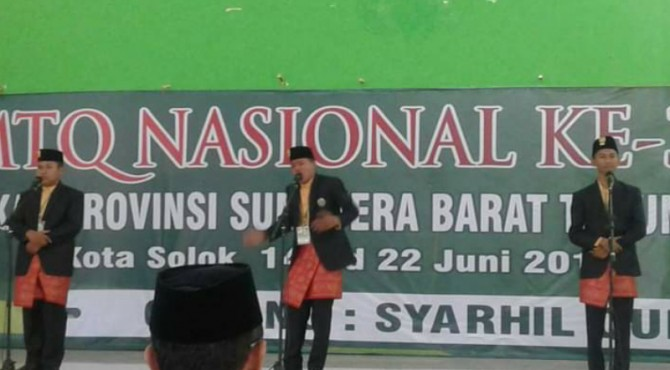 Penampilan khafilah Pasaman pada MTQ Nasional Tingkat Provinsi Sumatera Barat ke-38 di Kota Solok