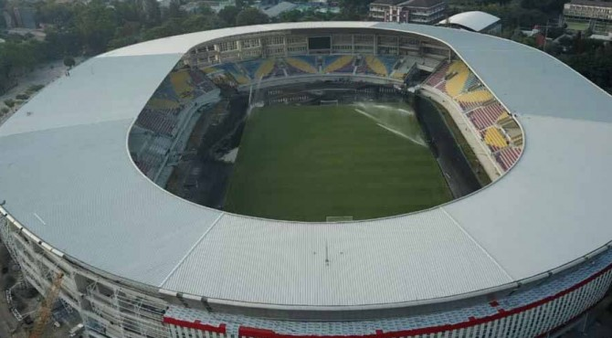 Stadion Manahan, Solo, Jateng.