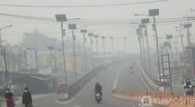 Ilustrasi kabut asap