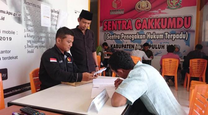 Pendaftaran Panwascam di Bawaslu Limapuluh Kota.