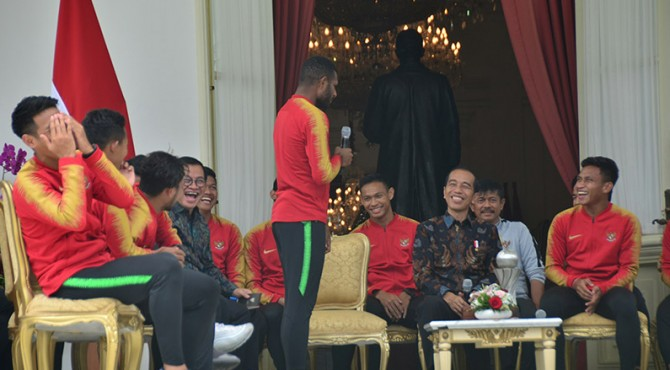 Pertemuan Timnas U-22 dengabn Presiden Joko Widodo di Istana Merdeka