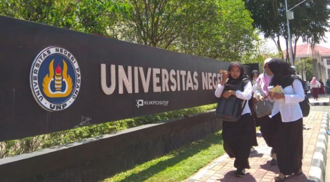 Kampus UNP Padang