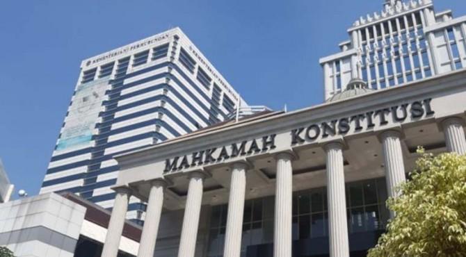 KPU) RI akan menyerahkan daftar alat bukti dan keterangan jawaban atas permohonan Perselisihan Hasil Pemilihan Umum (PHPU) atau sengketa Pileg 2019 ke Mahkamah Konstitusi (MK)