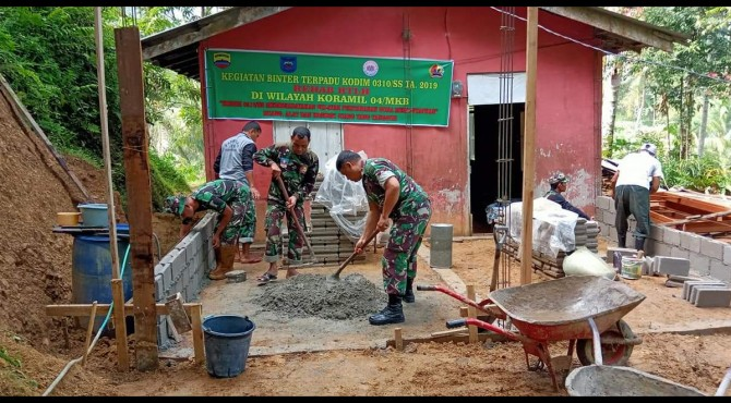 Proses Pembangunan RTLH di Dusun Sungai Loban, Desa Muaro Kalaban, Kecamatan Silungkang, Kota Sawahlunto