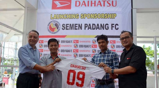 Sponsor ke-9 Semen Padang FC, Daihatsu.
