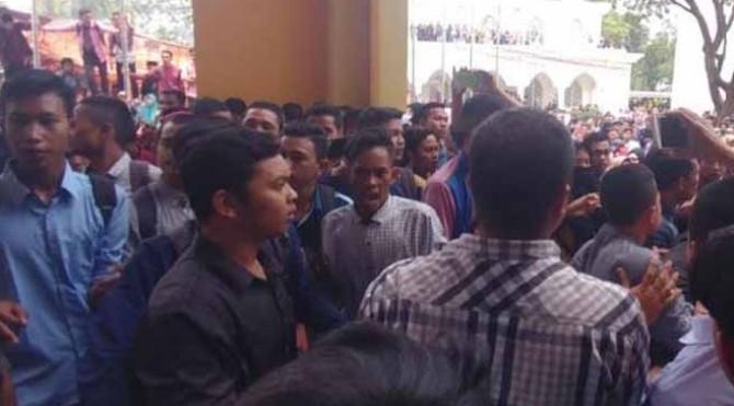 unjukrasa mahasiswa di UIN Imam Bonjol Padang