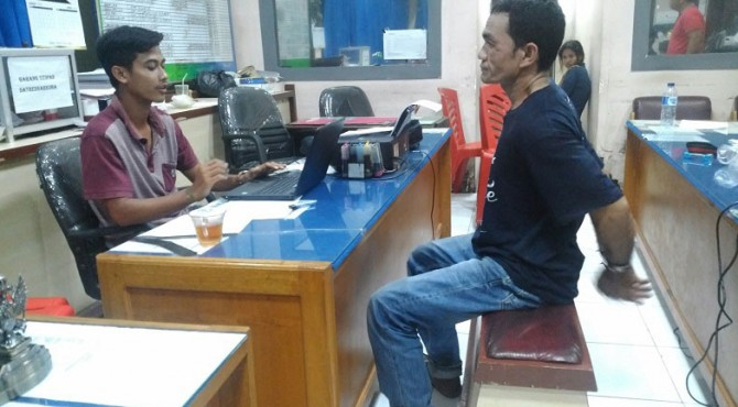 Setelah menjadi buronan selama dua tahun karena melarikan diri Lapas kelas IIB Pariaman, Ardiansyah (38) kembali dibekuk oleh tim Satres Natkoba Polresta Padang, Jumat 15 Maret 2019 malam