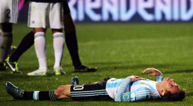 Messi tertidur lemas usai timnya kalah dalam laga final Copa America 2016