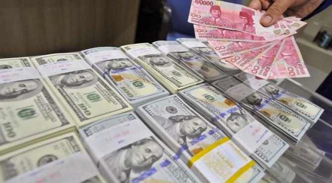 Pelemahan rupiah karena penguatan Dolar Amerika Serikat terhadap mayoritas mata uang di kawasan Asia