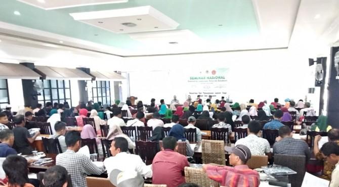 Seminar�konservasi dan pemanfaatan Sumber Daya Alam (SDA) dan ekosistem di Kota Solok