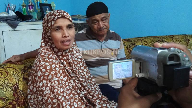 Muharnis dan Elvis, orang tua dari Nurul Islami