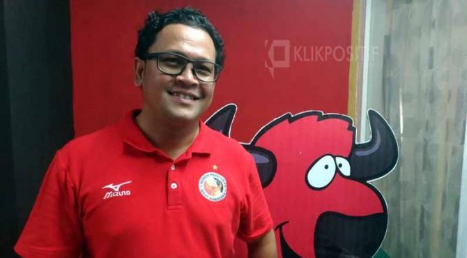 Manajer Semen Padang FC, Win Bernardino