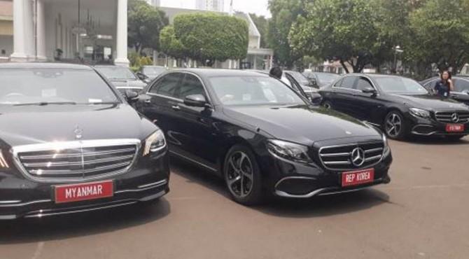 Mobil mewah untuk jemput tamu negara.