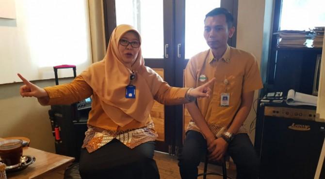 Kepala Humas BPJS Kesehatan Kepwil Sumbagteng Jambi, Agung Priyono bersama Kepala BPJS Kesehatan Cabang Padang, Arsyaf Mursalina