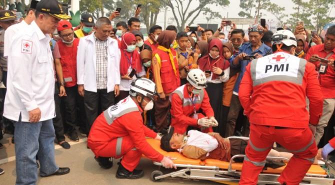 Simulasi penyelamatan salam bencana