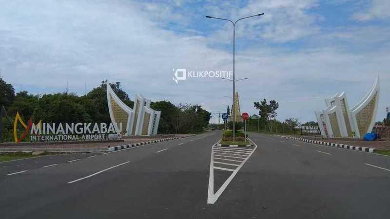 Gerbang Bandara Internasional Minangkabau/Ilustrasi