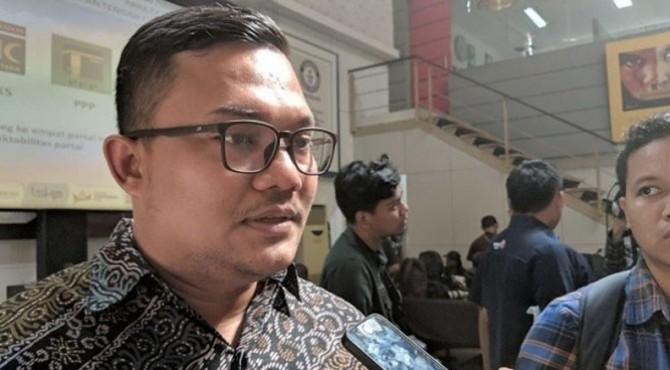 Peneliti Lingkaran Survei Indonesia atau LSI Denny JA, Rully Akbar