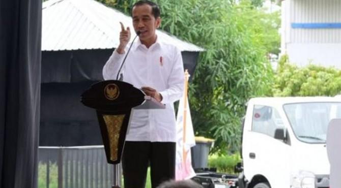 Presiden Joko Widodo dalam pidato ekspor perdana Isuzu Traga ke Filipina