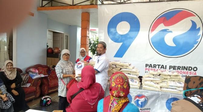 Bazar murah yang digelar Partai Perindo di Bukittinggi