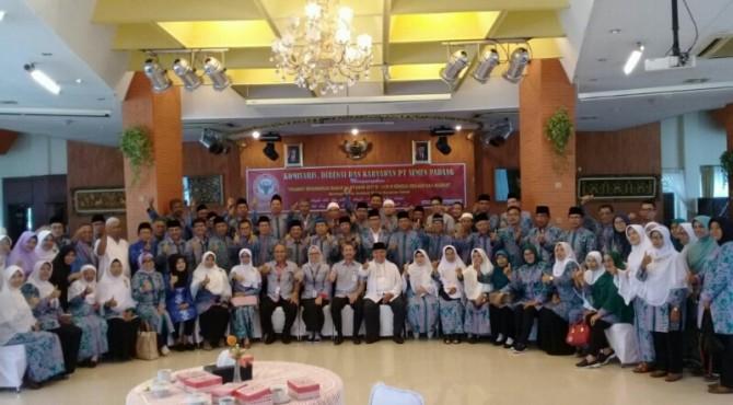 Pelepasan Jamaah Calon Haji PT Semen Padang