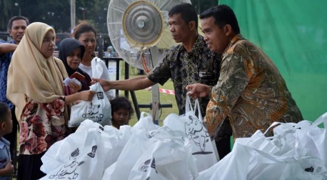 Ilustrasi pasar murah Semen Padang
