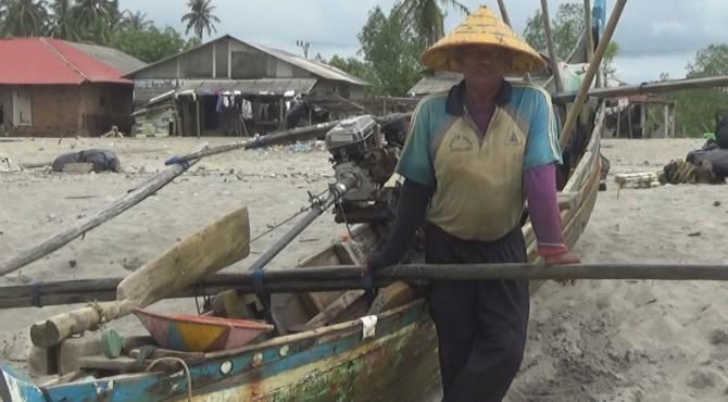 Nelayan di Pasbar