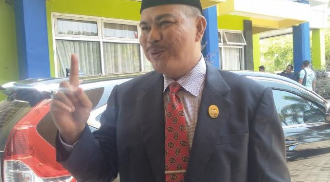 Kepala BKPSDM Pesisir Selatan, Ahda Yanuar