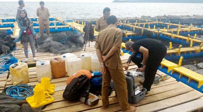 Dinas Kelautan dan Perikanan Kabupaten Pasaman Barat saat melakukan pendataan asuransi nelayan