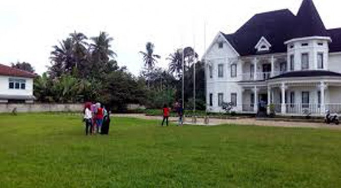 Rumah yang dicap mirip Rumah Barbie di Kabupaten 50 Kota.