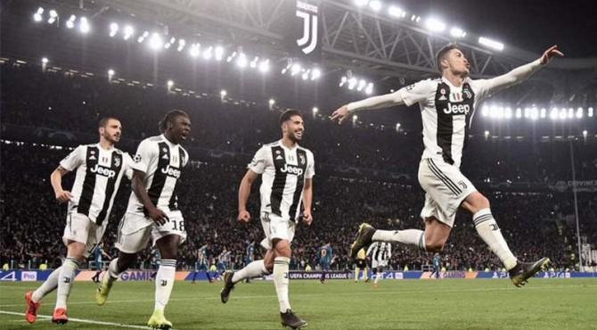 Selebrasi Ronaldo dan pemain Juventus.