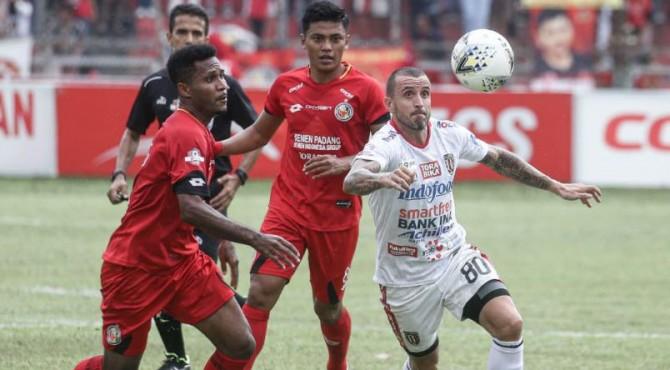 Laga Semen Padang FC Vs Bali United