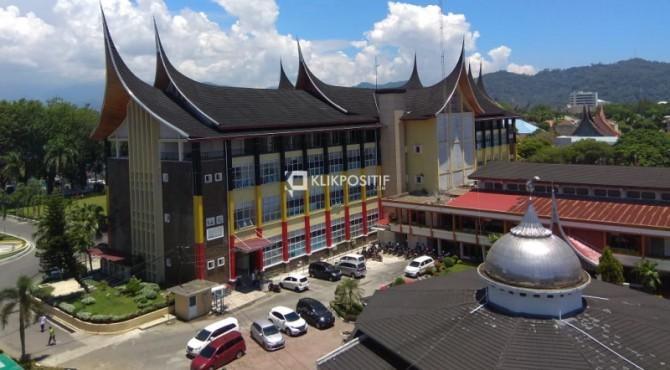 Masjid Dengan Anggaran Rp4 6 Miliar Dibangun Di Kantor Gubernur Sumbar Klikpositif Com Media Generasi Positif