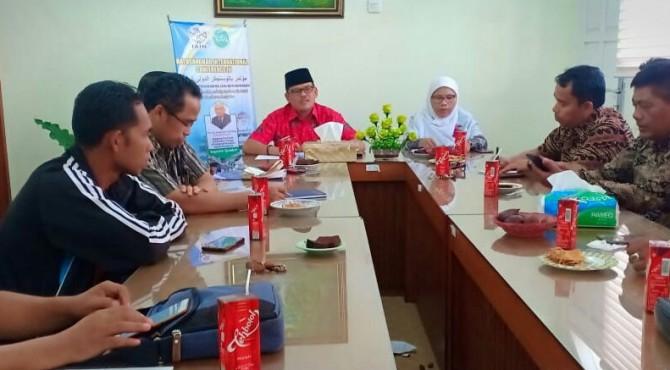 Direktur Pascasarjana IAIN Batusangkar Dr. Syukri Iska menyampaikan kegiatan BIC IV