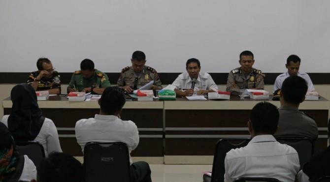 Rapat awal peringatan HUT RI ke-74 di Balai Kota Payakumbuh.