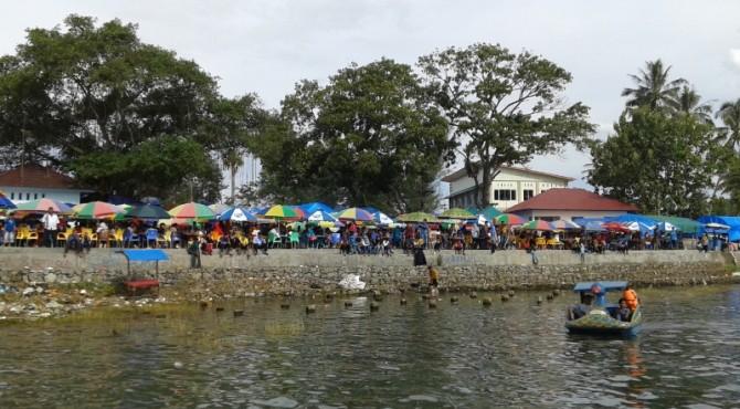 Dermaga Danau Singkarak masih menjadi pilihan wisata unggulan di Kabupaten Solok.