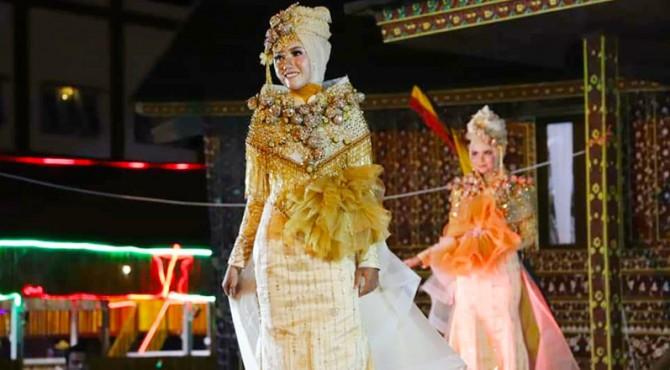 Solok Fashion Festival ikut Ramaikan Sumarak Anak Nagari 2019