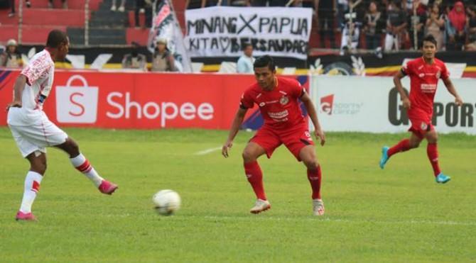 Pertandingan Semen Padang Fc VS Persipura di Stadion H Agus Salim Padang